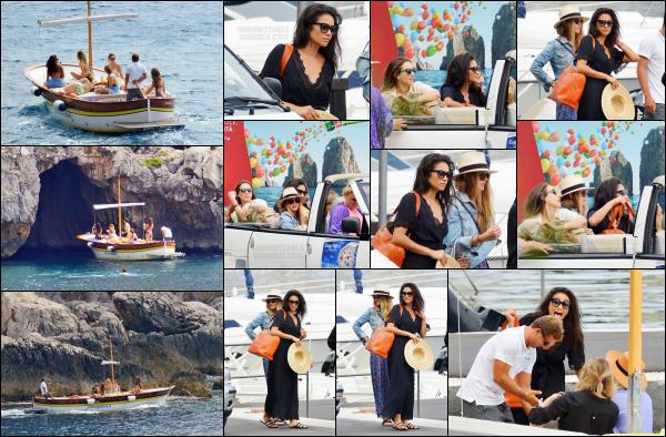 - 09.09.16 - Shay Mitchell est aperçue en compagnie de ses amies Ashley et Troian sur un bateau dans - Capri Les filles étaient présente à Rome pour fêter l'enterrement de vie de jeune fille de Troian. Durant le petit séjour, Shay à postée des vidéos sur snapchat.   -