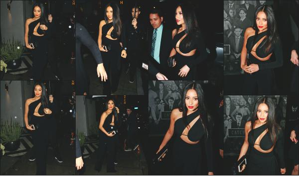 - 10.01.17 ─ Notre ravissante Shay Mitchell s'est rendue au « Marie Claire's Image Maker Awards »  à Los Angeles ! [/s#00000ize]Cette fois ci, c'est seule que nous retrouvons Shay sur le tapis rouge, sans ses acolytes de PLL. Je trouve sa robe très originale et qui lui va très bien. Top -