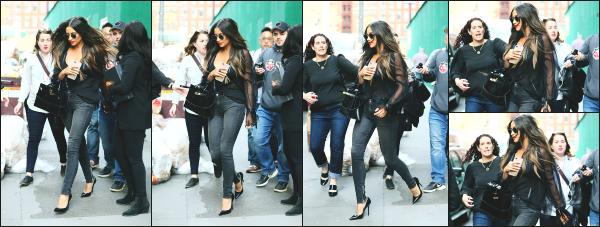 - 17.04.17 ─ Notre Shay Mitch' est photographiée alors qu'elle marchait tranquillement dans les rues de New York ![/s#00000ize]Shay est présente à New York pour l'occasion de la sortie de la dernière saison de PLL. Le reste du cast est également présent dans la ville. Tenue simple!   -