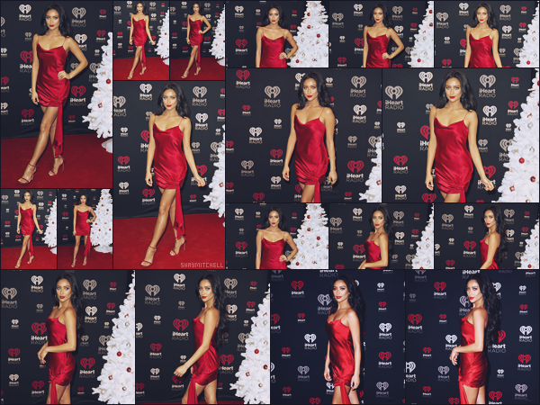 - 09.12.17 ─ La ravissante Shay Mitchell s'est rendue au « iHeartRadio Canada Jingle Ball   » qui avait lieu à Toronto.[/s#00000ize]La jeune femme s'est donc rendue au Canada afin d'assister à ce show ou plusieurs chanteurs sont invités à performer, un immense top pour cette robe. -