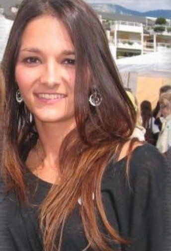 Leslie Lemarchal (la soeur de Grégory)