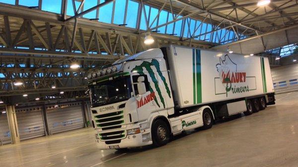 Scania V8 560