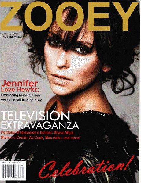 Les scans du magazine Zoeey pour lequel la belle avait récemment posée sont maintenant disponible sur le net . Vous pouvez les retrouvez ci - dessous ainsi qu'une vidéo du shoot.