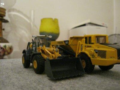 Volvo & Liebherr au dépot