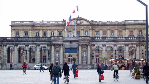 Les Mairies de France _ _ Bordeaux _ _ Palais Rohan