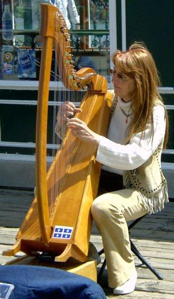 Instrument de Musique _ _ La Harpe