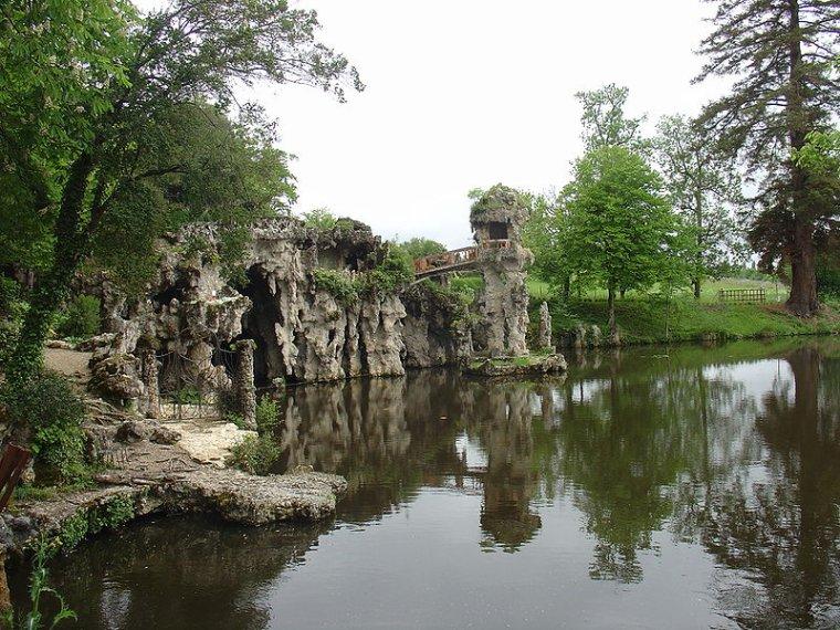 Square parcs et jardins en france parc de majolan l 39 histoire c 39 est un conte de faits - Parcs et jardins de france ...