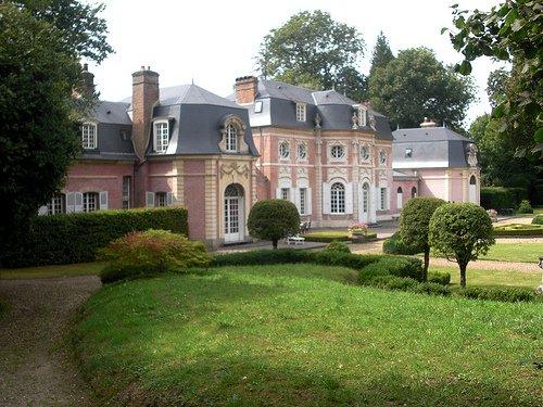 Châteaux et Palais _ _ Château de Bagatelle (Somme)