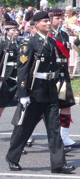 Grades Militaires _ _ Sergent