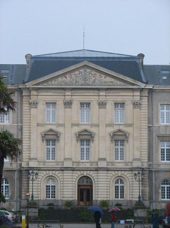 Hôpital des armées René-Le-Bas