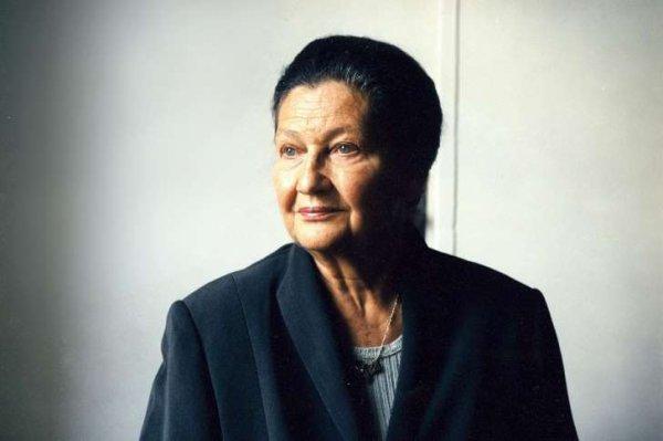 Simone Veil, une femme debout