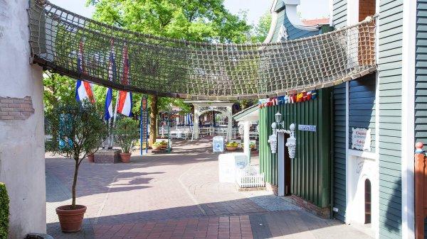 Attractions diverses du quartier Hollandais