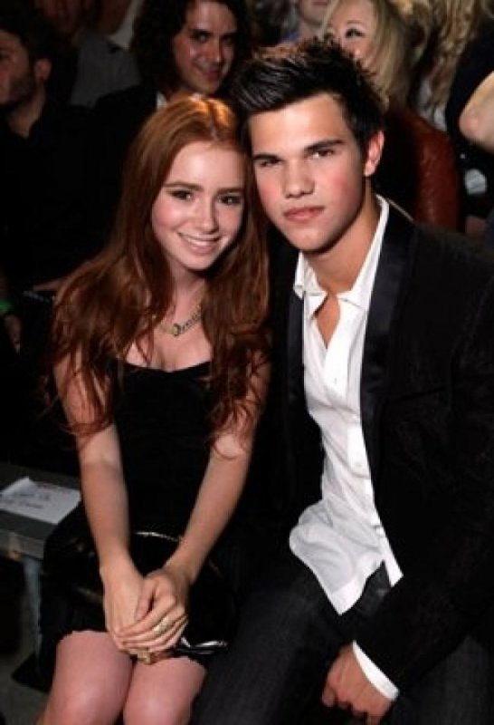 Taylor Lautner ... Lily Collins