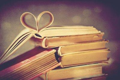 « Pour produire un livre, seuls l'auteur et le libraire sont nécessaires. Sans parasites intermédiaires. » George Bernard Shaw