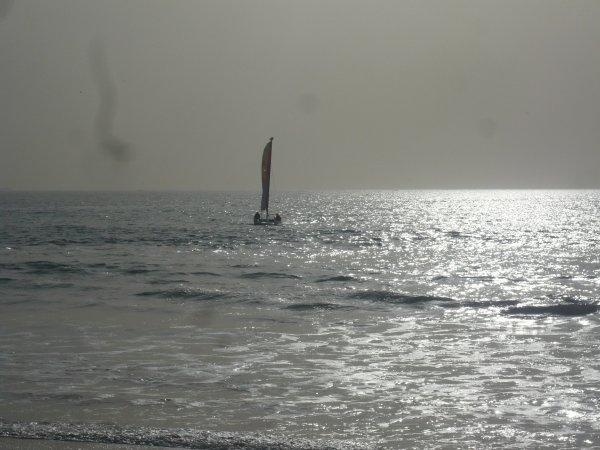 Voila chou pour te remonter le moral hummmmm la playa le soleil :D