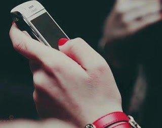 Sms sur sms sur sms sur sms, on arrêtait plus.