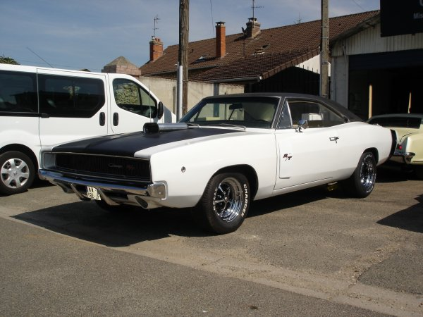 DODGE CHARGER 1968 440ci