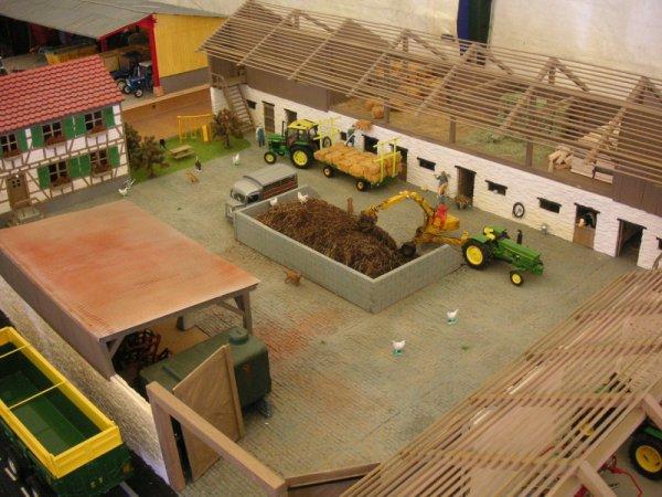 expo MOMENHEIM 2012