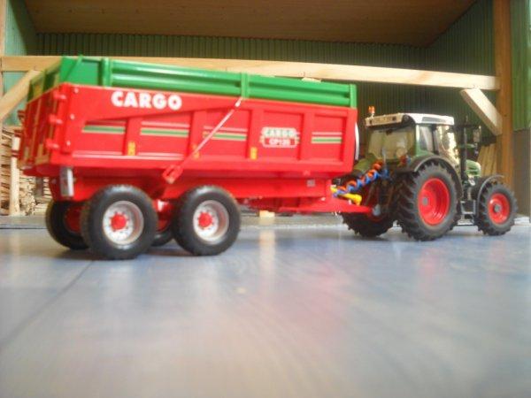 fendt 211 vario et Cargo cp120