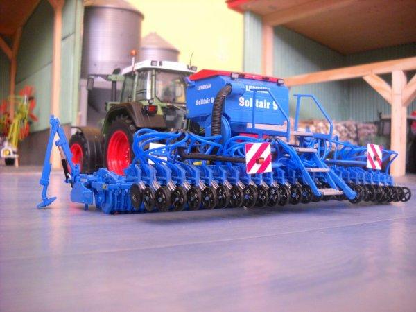 Nouveauté: semoir a blé Lemken Solitair 9