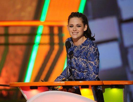 kristen stewart gagnante des kids choice awards actrice de cinéma préféré!!!