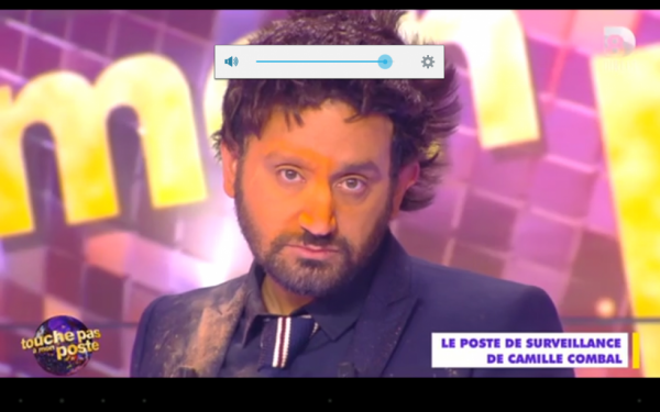 Cyril Hanouna au retournement de perruque