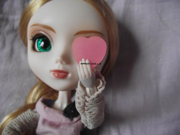 """""""Le coeur n'a jamais de rides. Il n'a que des cicatrices."""""""