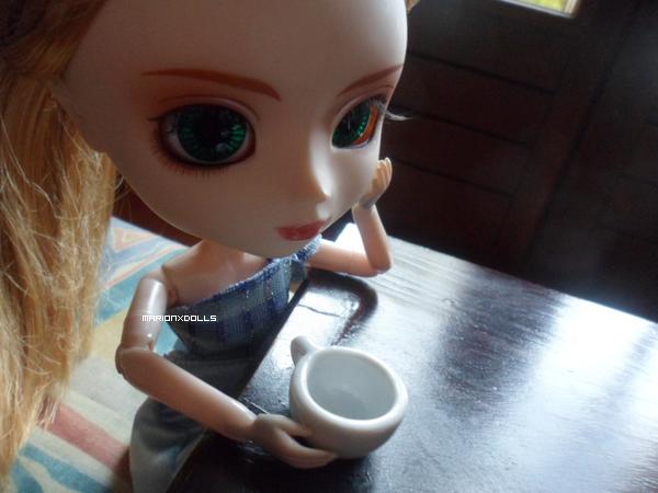 """""""Prendrez-vous une tasse de thé, darling ?"""""""