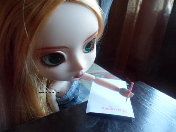 C'est Léa qui est en cours de Français :ok: