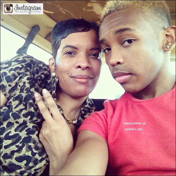 21 / 08  Prodigy était en famille en compagnie de sa mère et de son grand frère .