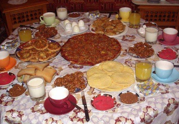pr le ramadan , naima, pita, lola, maria, reda, hassan, fathi