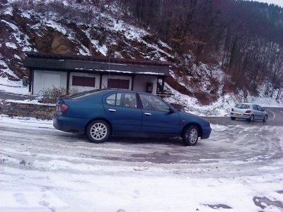 mon ancienne voiture sur le vergla de bon traver le top