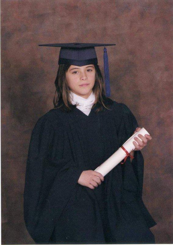Moi en diplômée vers 12 ans 😍😆