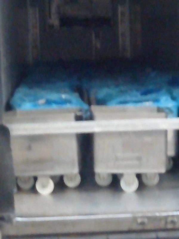 Chez lustucru usines de pates fraîche quenelles raviolies gnoquis..depuis plus de dix ans ont fait navettes entre les sites de lorette dans la loire sud de st Étienne et st genis laval sud de lyon pour ravitailler l entrepôts logistique de montagny dans le Rhône a côté de Givors et qui a ouvert une nouvelle usine de fabrication a communay... Debut 2015...