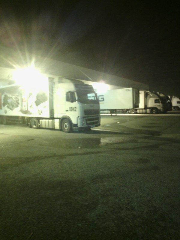 Ambiance nocturne  quand on est en frigos faut rouler souvent de nuit....