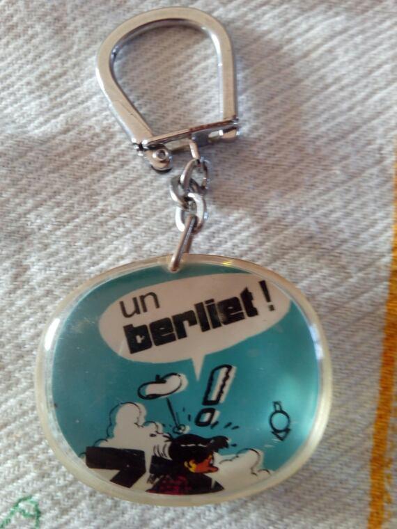 PORTE CLÉS BERLIET !!! ACHETÉS SUR DELCAMPE.FR!!!