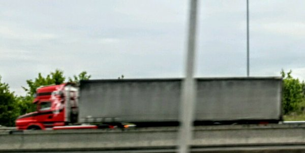 LE SCANIA TORPÉDO ROUGE GRIFFON !!SUR L'A43 À HAUTEUR DE BOULOT JAILLEU 38!!