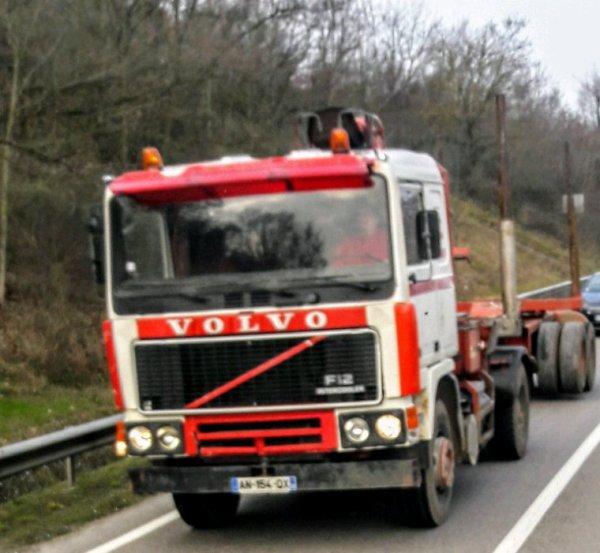 VOLVO F12 TOUJOURS AUSSI VAILLANT!!