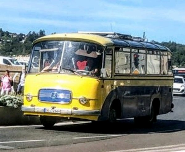 UN BON VIEUX CAR SÉTRA !!