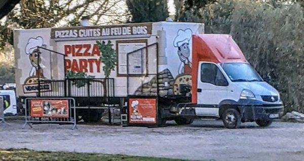 FOURGON  RENAULT MASTER SEMI PIZZA!!