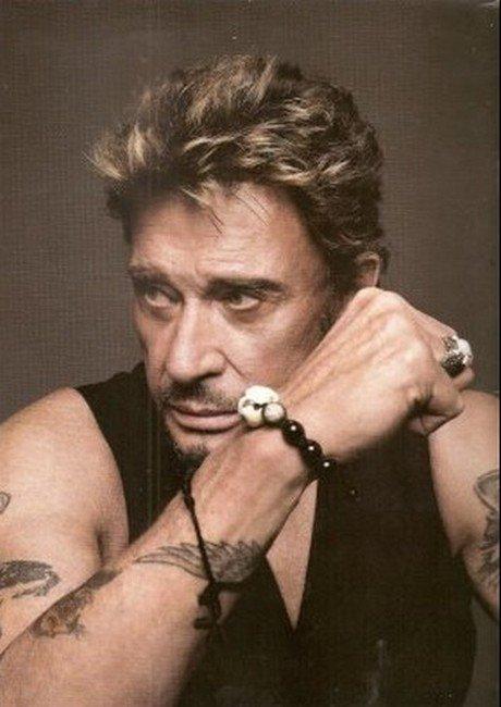 (l) Johnny (l)