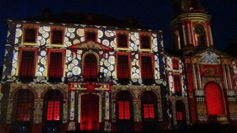 Spectacle pyrotechnique sur la mairie de Rennes 2012....2013