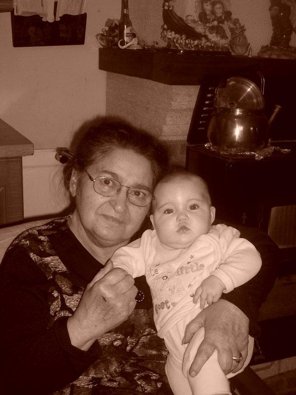 ma grand mère et sa petite filles