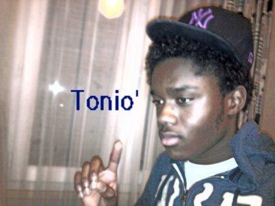 TOONiO ' !*