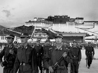 Interventions CHINOISES et BRITANNIQUES au Tibet