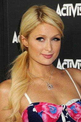 * Alors que les préparations du mariage de Nicole Richie & Joel Madden sont annoncés; surprise, Paris Hilton ne ferais pas partis des invités ..! Comment va-t-elle prendre la nouvelle ? Qu'en dites-vous ?