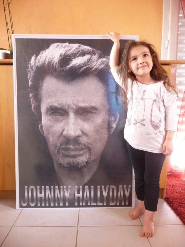 """ J'ai 7 ans, aujourd'hui ! et fan de Johnny"