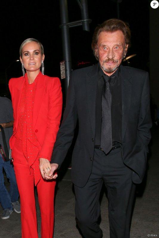 """Johnny Hallyday et Laeticia : Deux """"Alliés"""" amoureux devant Sharon Stone"""