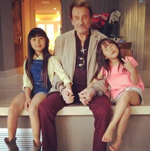 Johnny et ses filles