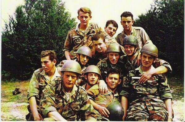 Johnny à l'armée